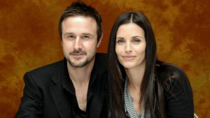 gty_david_arquette_courtney_cox_thg_120612_wmain.jpg