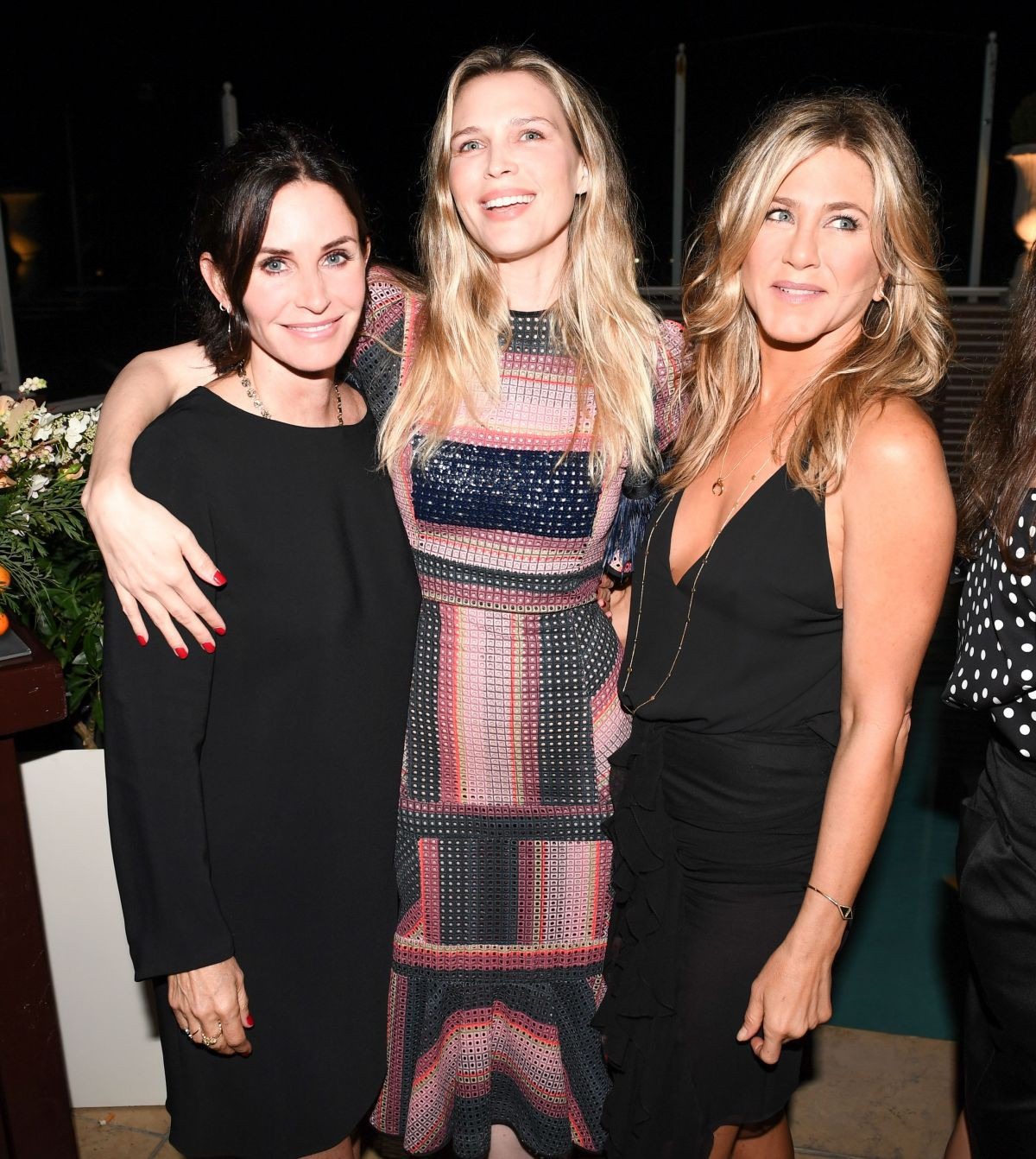 courteney-cox-at-tabitha-simmons-by-jennifer-aniston-dinner-in-west-hollywood-10-12-2017-2.jpg